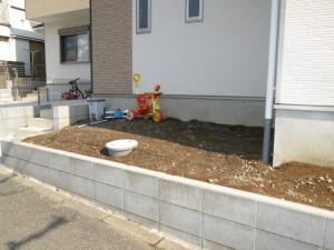 町田市I様邸ウッドデッキ・防草シート施工リフォーム 施工前
