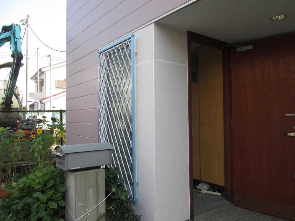 立川市S様邸 玄関採光用窓取付工事