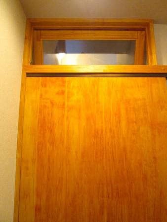 横浜市S様邸 階段室出入口 引戸・欄間新設リフォーム
