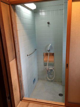 東京都日野市 浴室・洗面脱衣場間建具工事