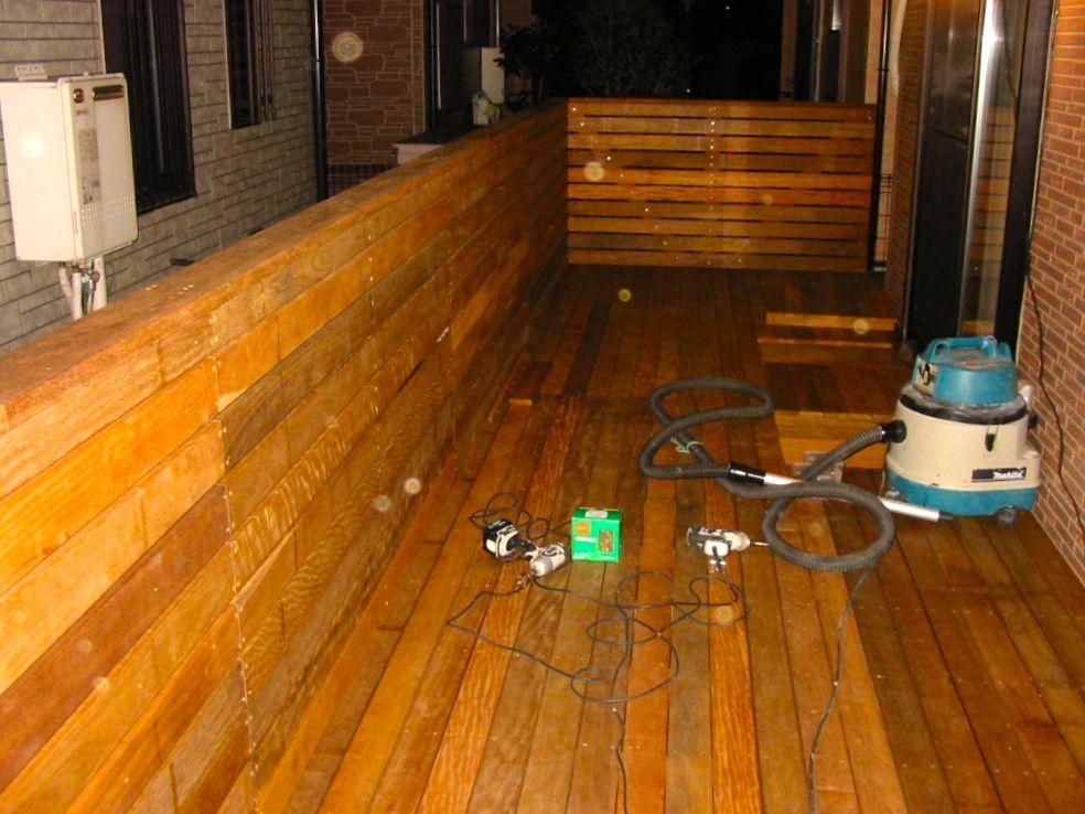 町田市K様邸 ハードウッドデッキ材「ウリン」で造るデッキとフェンス